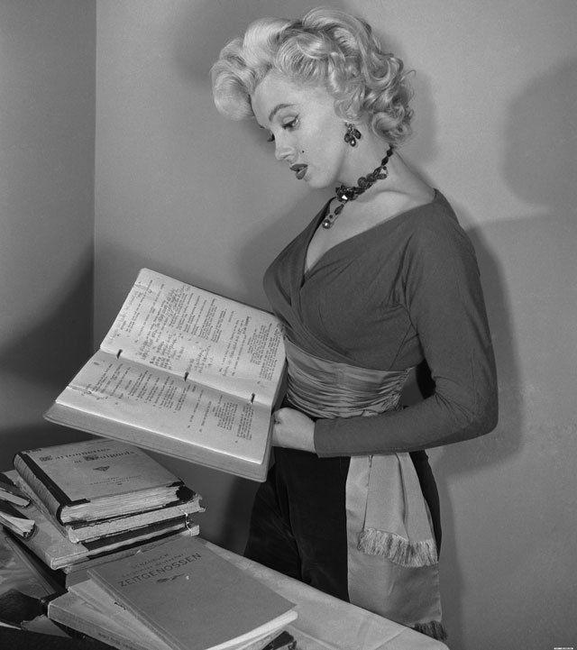 Marilyn script